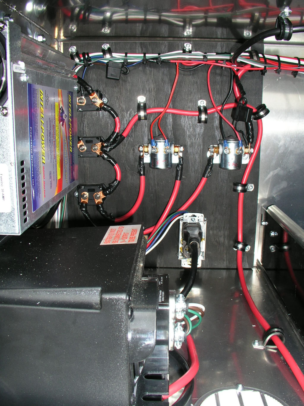 Exterior Electrical Storage Box | American Custom Design Vehicles