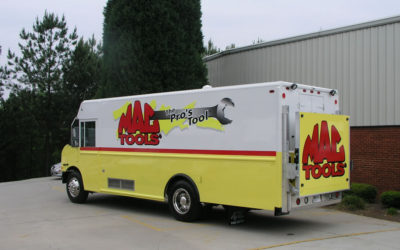20′ Freightliner MT55 – Mac Tools