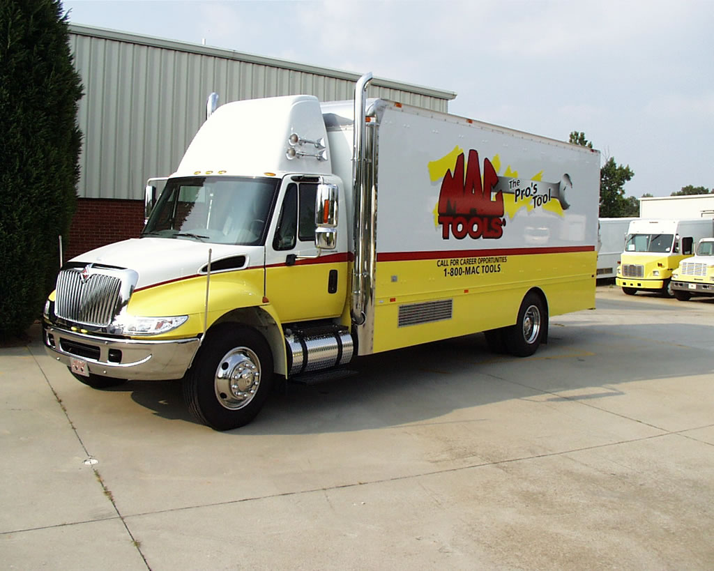 22 International 4300 Mac Tools American Custom